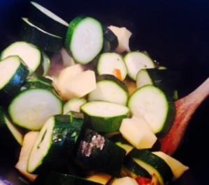 calabacín y patata verdura fresca