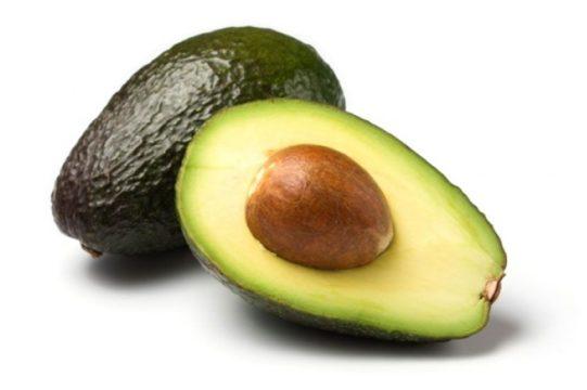 relación entre comer aguacate y colesterol