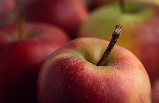 variedad de manzanas roja