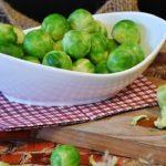 verduras con proteínas: coles de bruselas