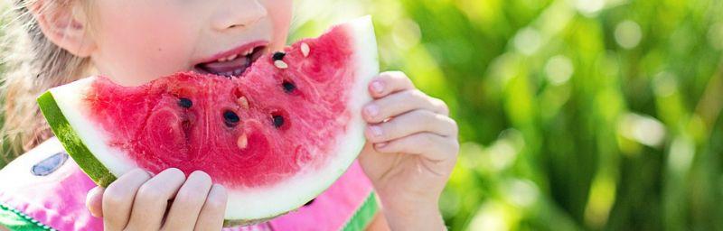 como conseguir que los niños coman fruta