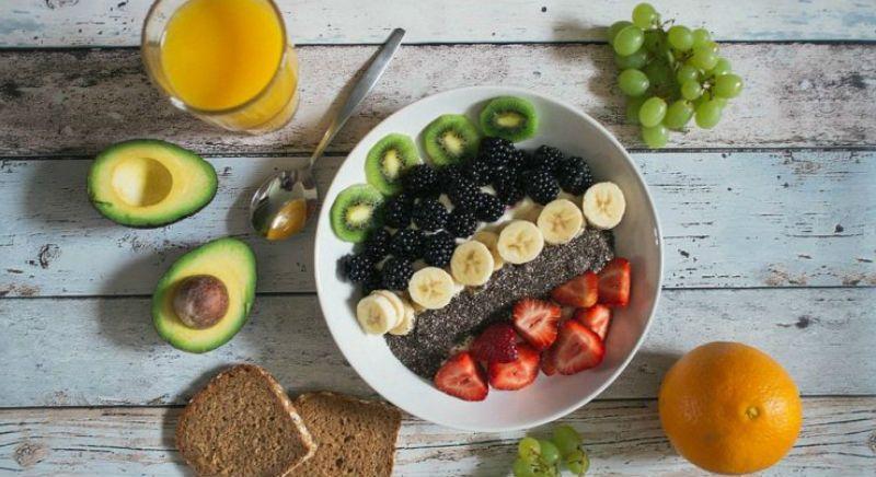 fruta con proteinas