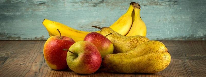 Variedades de fruta de temporada de abril.