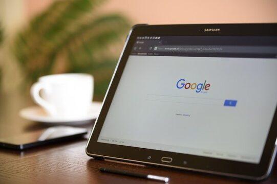Frutería de barrio y Google