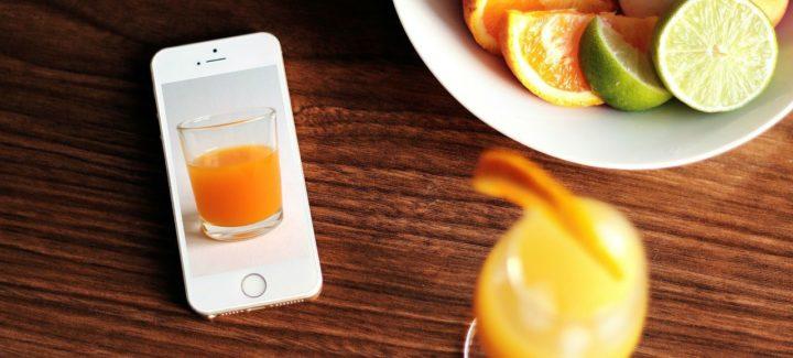 zumo de naranja en la oficina