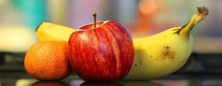buena fruta en la oficina