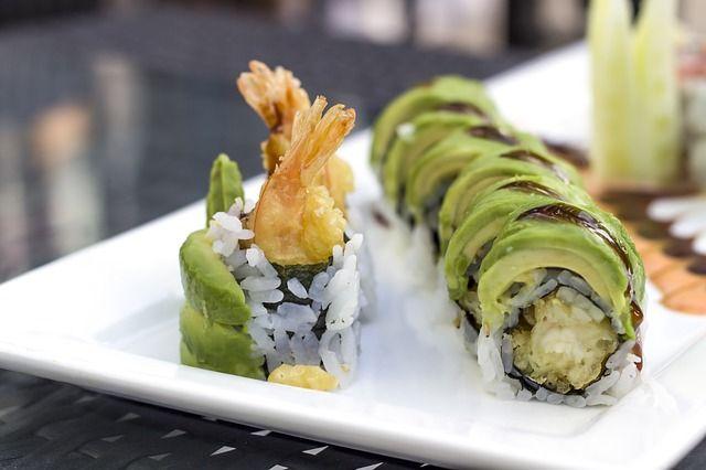 sushi 2608281 640